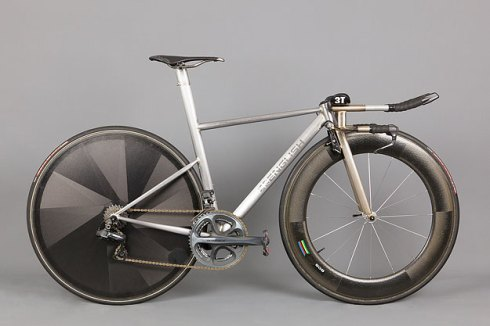 english-cycles-naked-tt-1